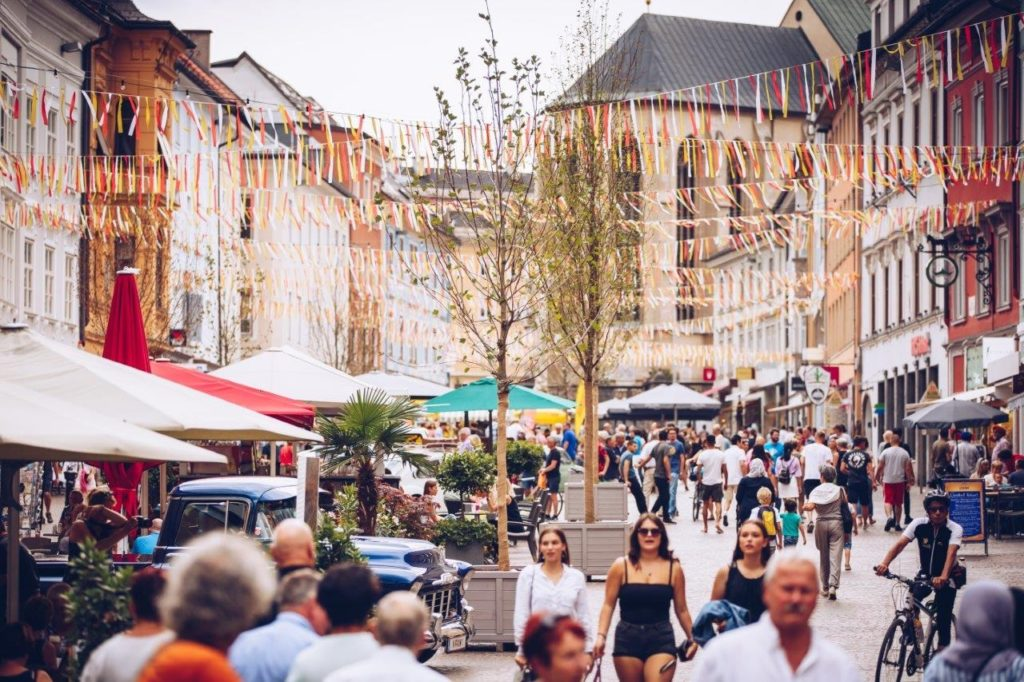 Innenstadt- Betriebe laden zur 2. Shopping Night!