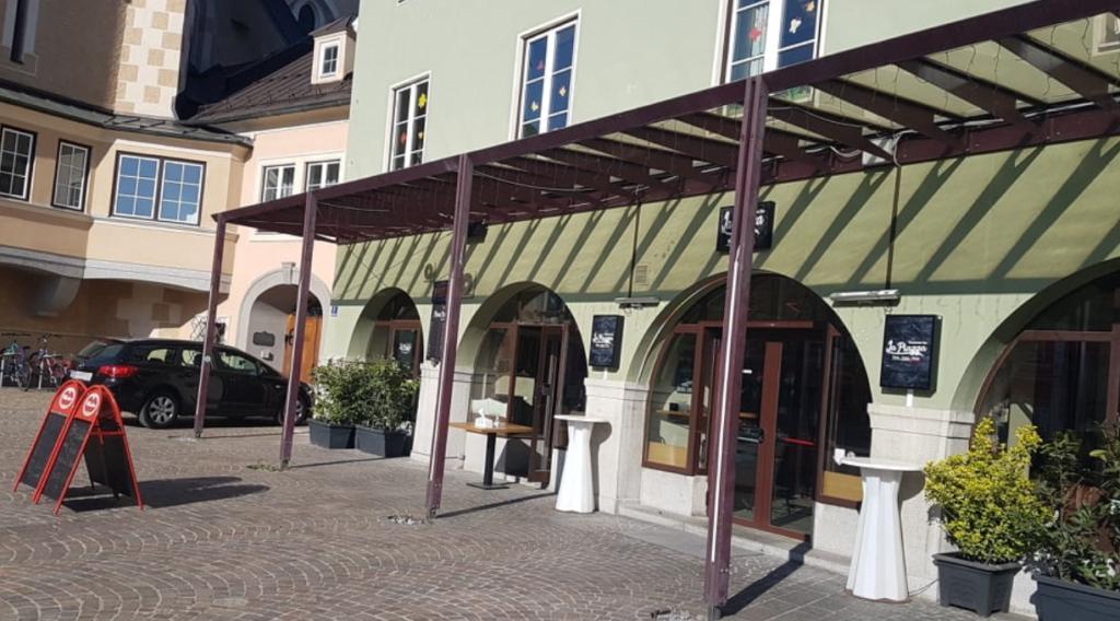 Leckere Pizzen & Co von La Piazza zu Hause genießen