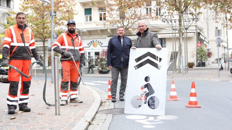 Stadt macht Radlerinnen und Radler sichtbarer