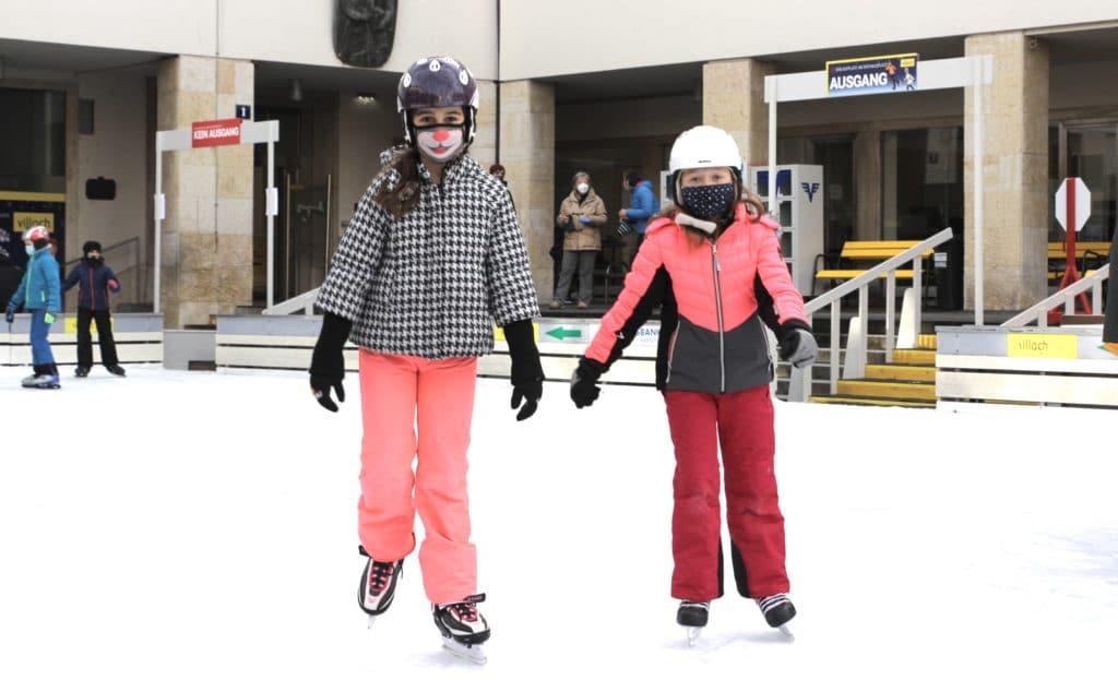 Eislaufplatz für Kinder und Jugendliche freigegeben